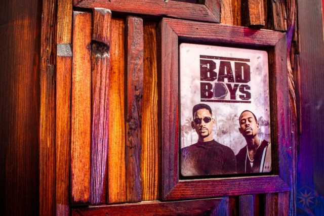 "Blu-ray Steelbook Regalsystem mit ""Bad Boys"""