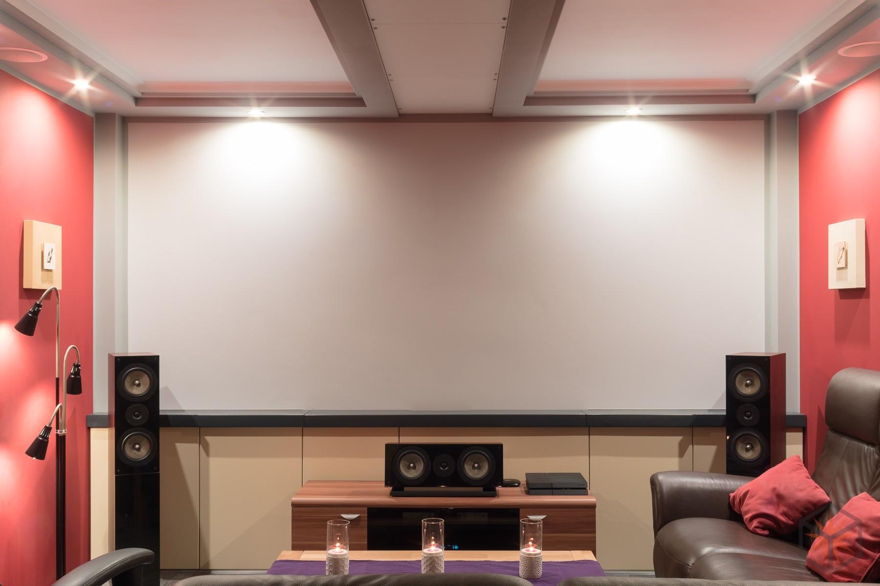 Wohnzimmer-Heimkino TV versenkt