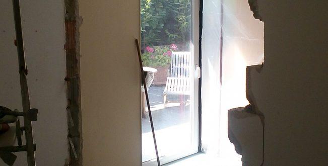 wanddurchbruch f r heimkino pyrodice. Black Bedroom Furniture Sets. Home Design Ideas
